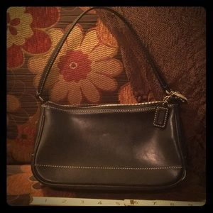 Vintage Coach Bag in Black Leather